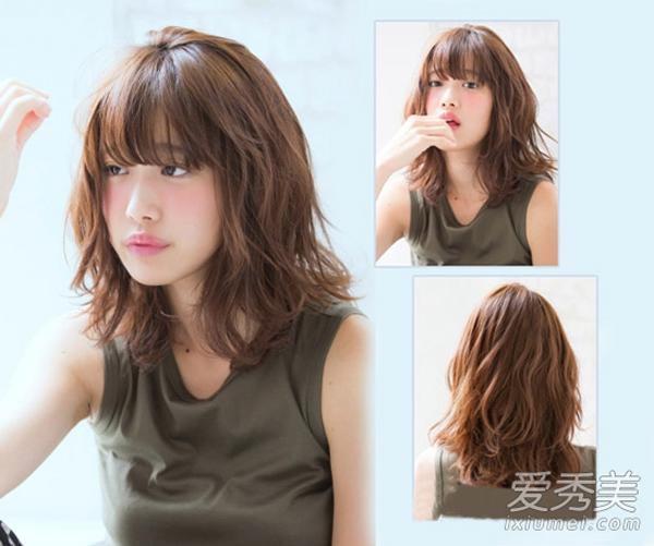 Kiểu tóc ngang vai tỉa tầng là kiểu tóc có nhiều lớp tóc xếp chồng lên nhau