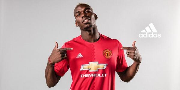 Trong trận gặp Leicester City ngày 24/9/2016, anh đã ghi 1 bàn giúp cho Manchester United thắng 4-1
