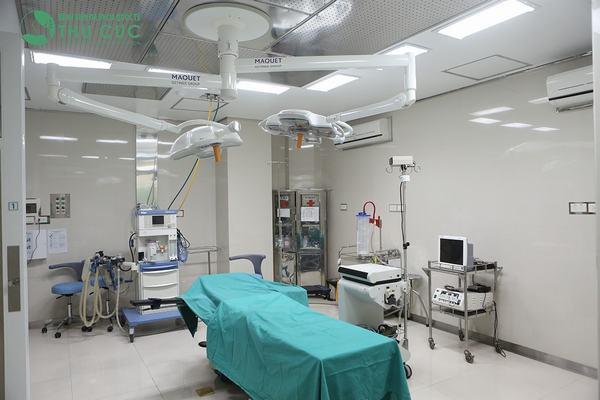 Hệ thống phòng mổ vô khuẩn một chiều có khả năng lọc khuẩn tối tân, cấp khi tươi cho phòng mổ