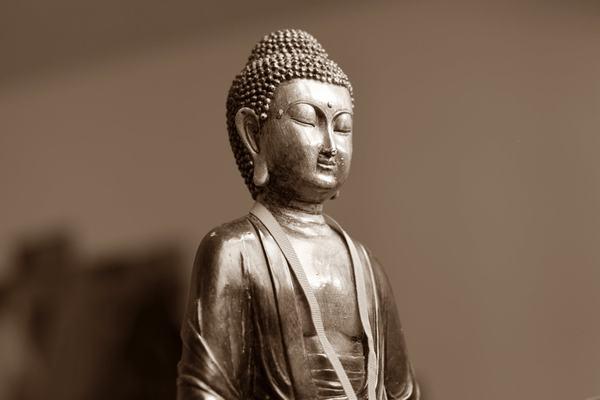 Những ai nằm mơ thấy Phật luôn là những người được báo điềm báo may mắn