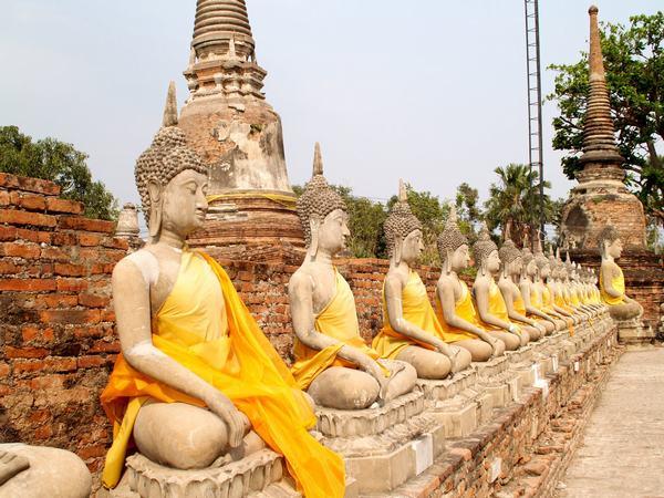 Nằm mơ thấy Phật liên quan đến con số may mắn nào?