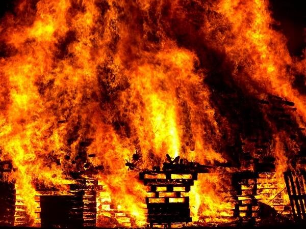 Hỏa hoạn do cháy nhà phần lớn đều xuất phát từ sự bất cẩn của con người
