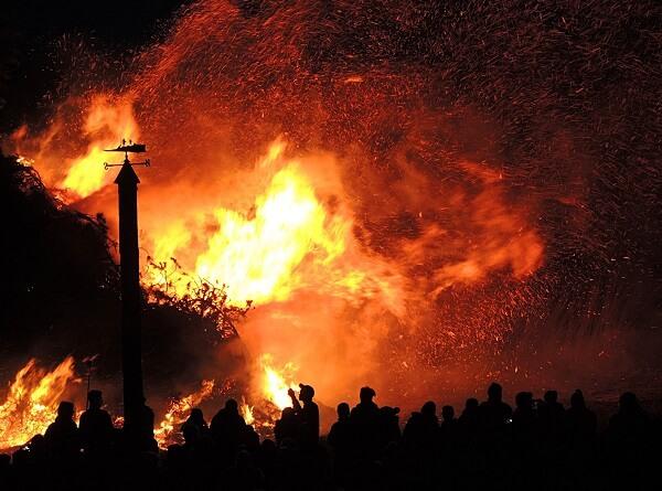 Những ý nghĩa chiêm tinh, điềm báo về giấc mơ thấy cháy nhà
