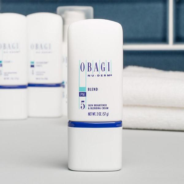 Đặc trị ban đêm Obagi Blender với 4 % Hydroquinone