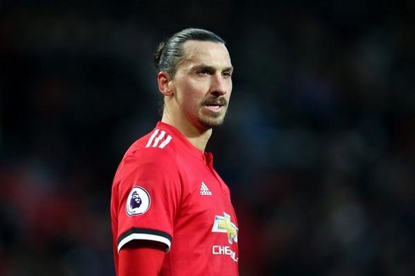 """[Zlatan Ibrahimovic] Tiểu sử cầu thủ tự ví mình là """"Chúa"""" ! 4"""