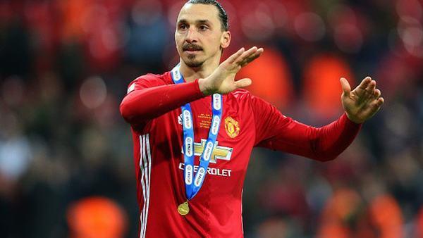 """[Zlatan Ibrahimovic] Tiểu sử cầu thủ tự ví mình là """"Chúa"""" ! 5"""
