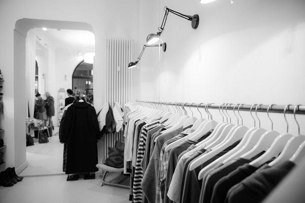 [GMGM] Nằm mơ thấy quần áo mới, quần áo bị rách báo điềm gì, mơ thấy quần áo trẻ em, phụ nữ đánh số gì?