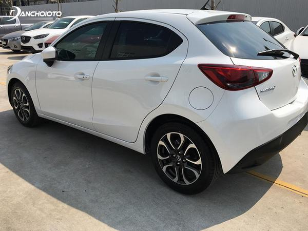Mazda 2 2014 là chiếc xe cũ tầm 350 triệu tiết kiệm xăng
