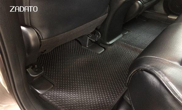 Thảm lót sàn ô tô bằng cao su giá rẻ cho vẻ đẹp thẩm mỹ kém