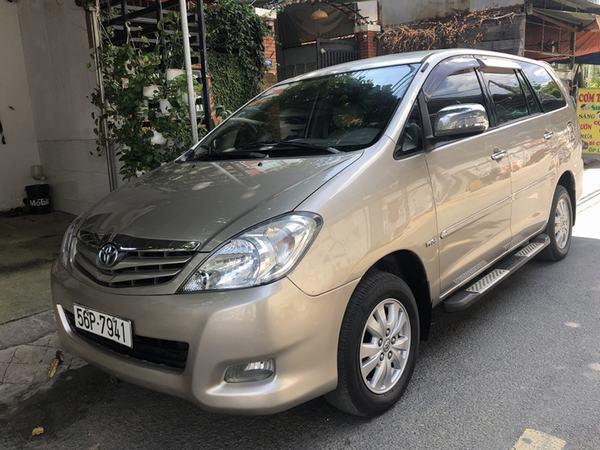 Toyota Innova 2010 - 2011 là chiếc xe Toyota cũ giá 400 triệu rất đáng tiền