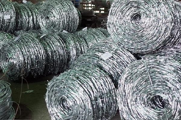 Dây thép gai là một vật liệu được sử dụng phổ biến hiện nay