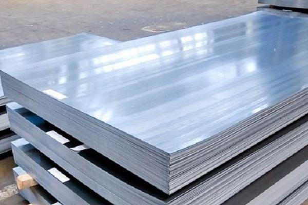 Thép tấm là sản phẩm có tính ứng dụng rộng rãi trong các ngành kinh tế, xây dựng…