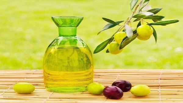 Tinh dầu Olive có tác dụng chống viêm và trị thâm v.ù.n.g k.í.n hiệu quả
