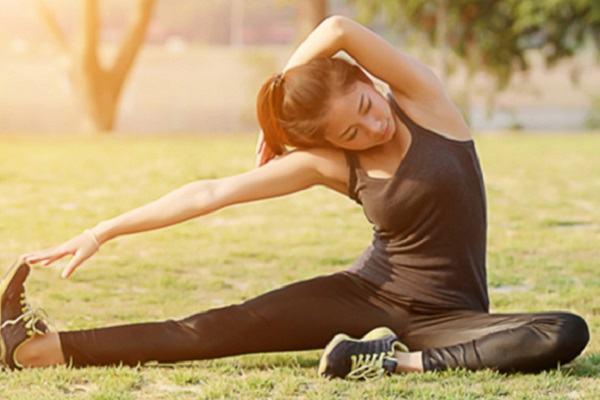 10 lời khuyên nhằm làm cho lưng bạn khỏe mạnh và 5 bí quyết đi vào giấc ngủ nhanh chóng