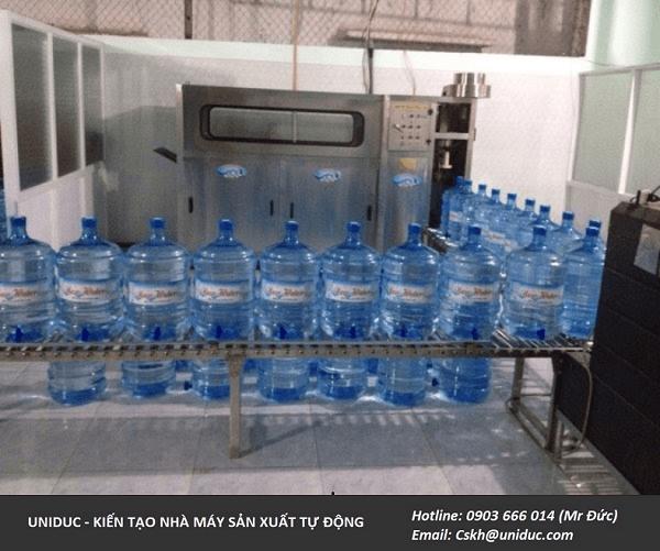Mở dây chuyền sản xuất nước đóng bình 20l tại HCM cần gì? 1