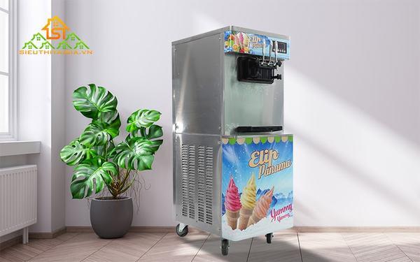Máy làm kem tươi có bánh xe dễ di chuyển