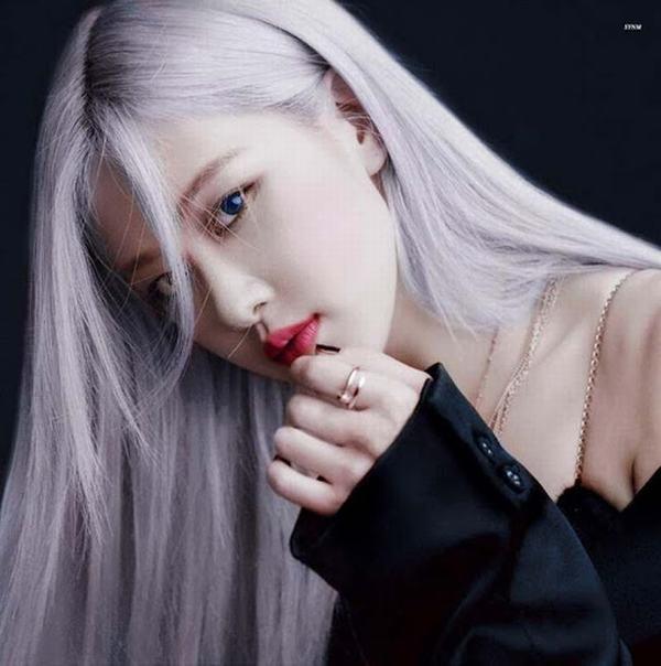 Mái tóc tím khói cực ma mị, thu hút mọi ánh nhìn của Rosé
