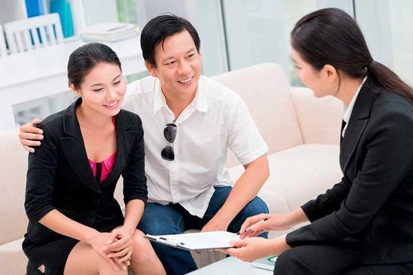 Hướng dẫn khách hàng đi xem nhà trực tiếp