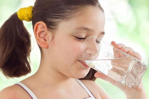 Có nên sử dụng xịt họng Golanil Junior trị ho cho trẻ?
