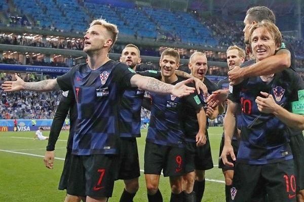 iEURO2020 dự đoán đội hình của Croatia kì Euro 2020 - 2021