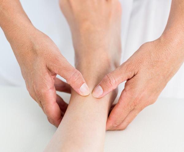 12 bước massage chân và lợi ích đối với cơ thể 10