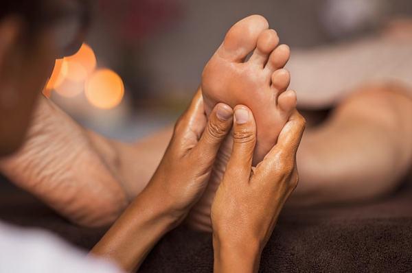 12 bước massage chân và lợi ích đối với cơ thể 12