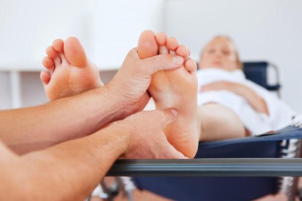 12 bước massage chân và lợi ích đối với cơ thể 2