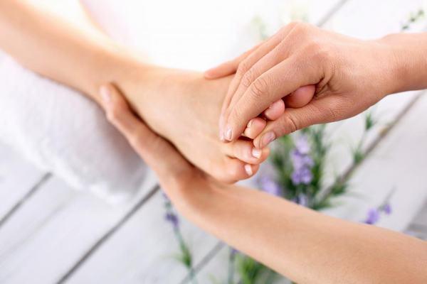 12 bước massage chân và lợi ích đối với cơ thể 3