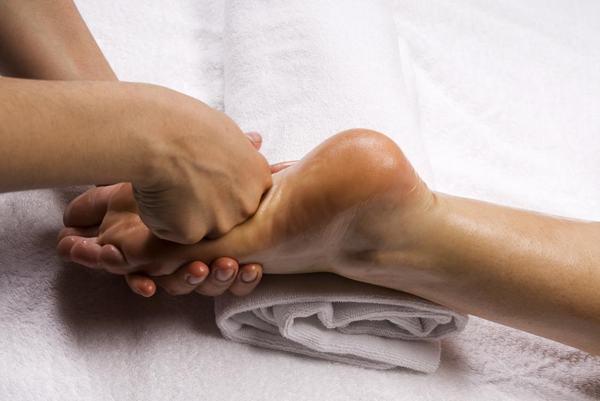 12 bước massage chân và lợi ích đối với cơ thể 6