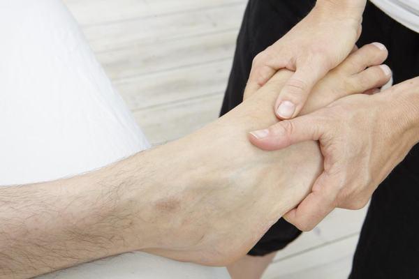 12 bước massage chân và lợi ích đối với cơ thể 8