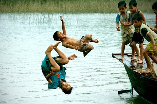 Nằm mơ thấy tắm sông, tắm suối thì đánh con gì dễ trúng nhất? 1