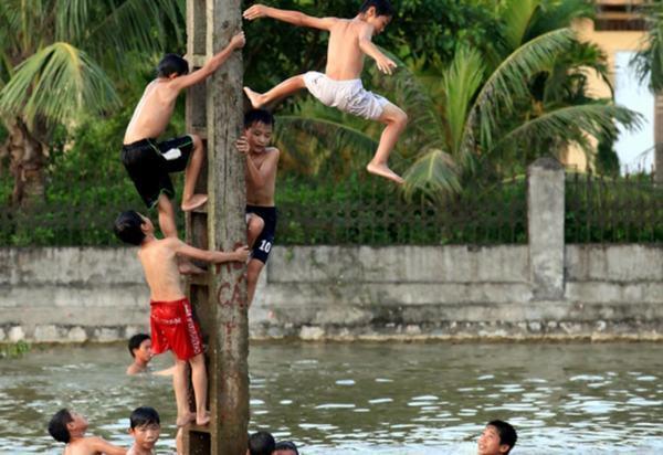 Nằm mơ thấy tắm sông, tắm suối thì đánh con gì dễ trúng nhất? 2